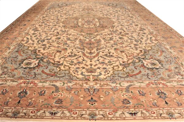 319682 Tabriz Fine With Silk Highlights Size 600x390 Cm 2 600x400