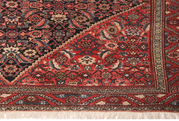 330403 Bidjar Circa 1920 Very Good Condition Size 557x202cm 10 600x406