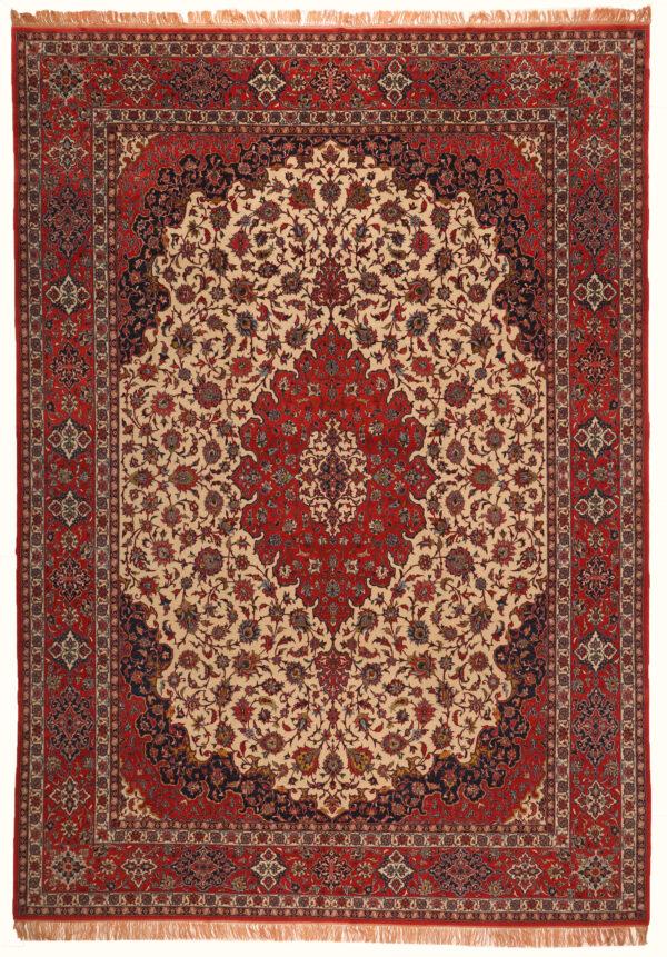 352115 Isfahan 440 X 313 1 600x861
