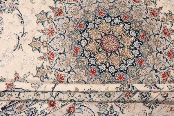 363540 Isfahan Part Silk Signed Isfahan Enteshari Size 393 X 304 Cm 12 600x400