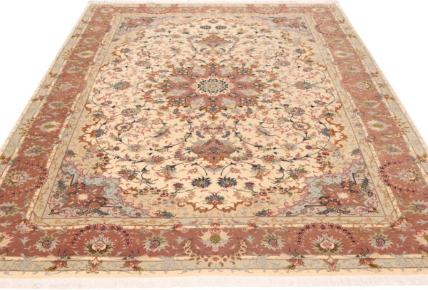 348041 Tabriz With Silk Highlights Size 293 X 203 Cm 2 600x407