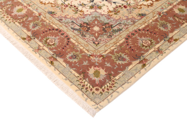 348041 Tabriz With Silk Highlights Size 293 X 203 Cm 5 600x400