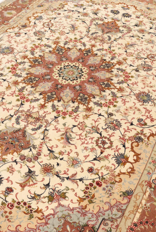 348041 Tabriz With Silk Highlights Size 293 X 203 Cm 8 600x889