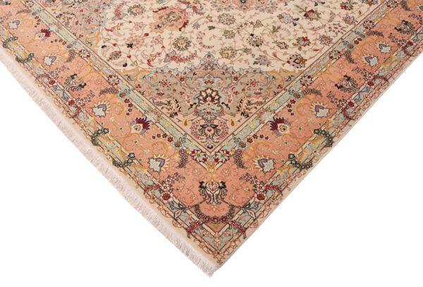 352784 Tabriz Size 250 X 200 Cm 5 Copy 600x407