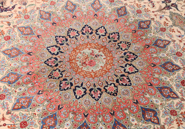 363501 Qum Silk Signed Designed Aand Woven By Golhar Size 340 X 245 Cm 5 600x420