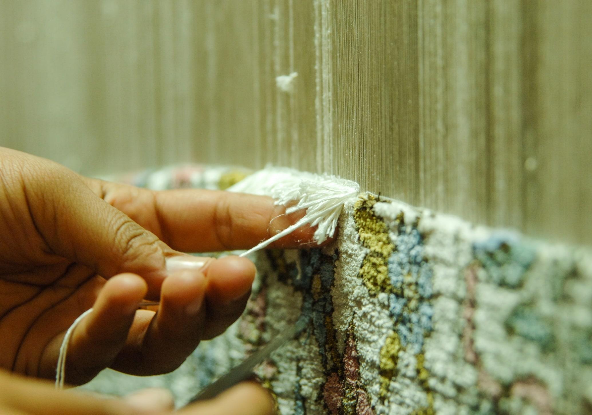Handmade rugs, Handmade rugs vs Machine-knotted rugs, Ramezani London Rugs, Ramezani London Rugs