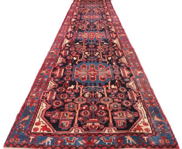 335701 Nahavand Persian Good Pile Circa 1970 Size 477 X 102 Cm 2 600x491
