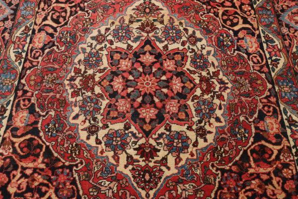 600958 Bakhtiar Circa 1930 Very Good Condition Size 395 X 219 Cm 2 600x400