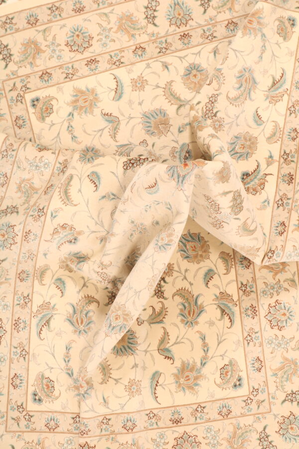 348433 Tabriz Fine With Silk Highlights Size 245x163cm 4 600x900