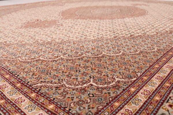 344602 Tabriz With Silk Highlights Size 241 X 173 Cm 6 600x400