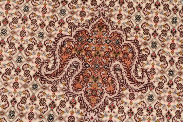 344602 Tabriz With Silk Highlights Size 241 X 173 Cm 7 600x400