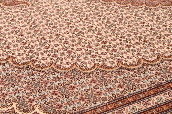 351582 Tabriz Mahi With Silk Highlights Size 245 X 173 Cm 7 600x400