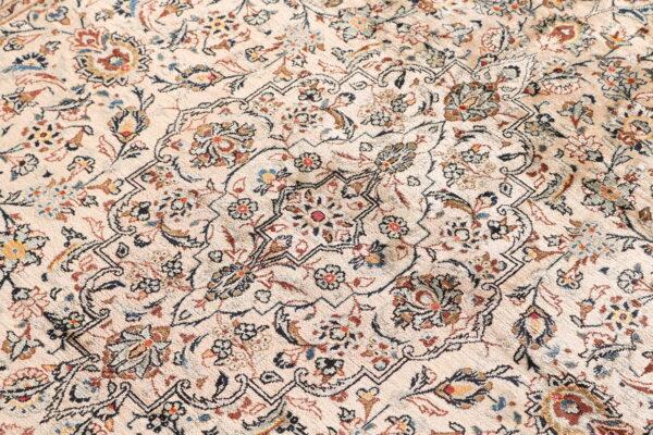 363616 Keshan Silk Size 230 X 146 6 600x400