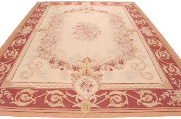 Aubusson Design 43 Available In 240x160 Cm 280x180 370x270 430x300 Cm And 310x122 Cm 4 600x394